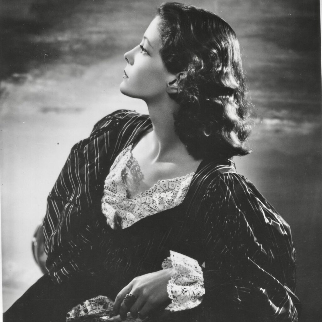 Jill Furse studio portrait by Angus McBean 1938 profile shot